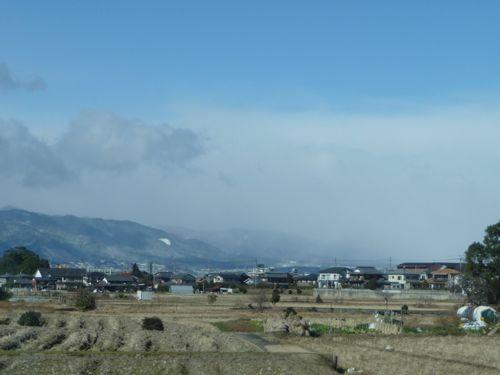 <草津駅-石山駅間から湖西方面の降雪の境界を見る>