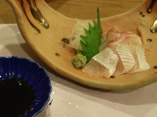 <2品目 カンパチと鯛の刺身>