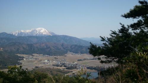 <小谷山から岐阜県境を望む>